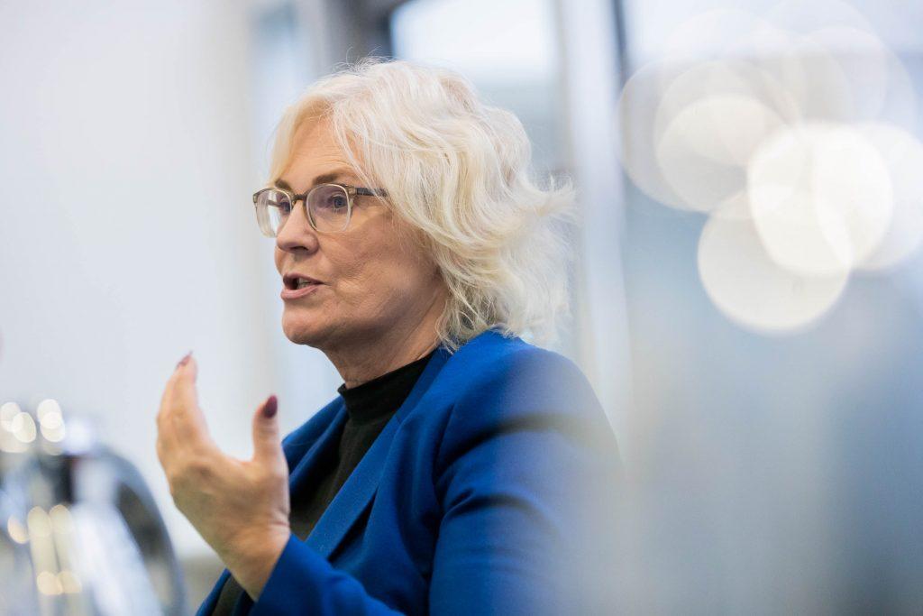 Lambrecht gehört dem linken Parteiflügel der SPD an, sie gilt als ehrgeizig und durchsetzungsfähig. Als sie 2019 als Justizministerin auf Katarina Barley folgte, war das dennoch eine Überraschung. Foto: Soeder