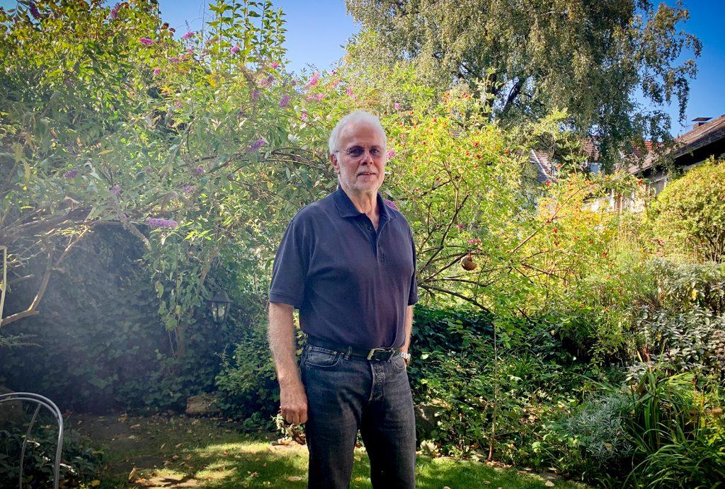 Seit 41 Jahren ist Ralf Kownatzki Kinderarzt. Seit 15 Jahren will er sich mit anderen Kinderärzten austauschen dürfen, wenn er den Verdacht auf Kindesmisshandlung hat. ∙ Foto: Großekemper